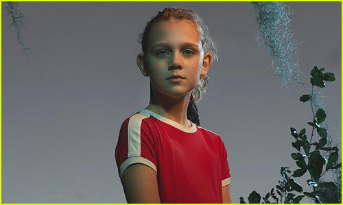Elle Graham as Savannah in Secrets of Sulphur Springs