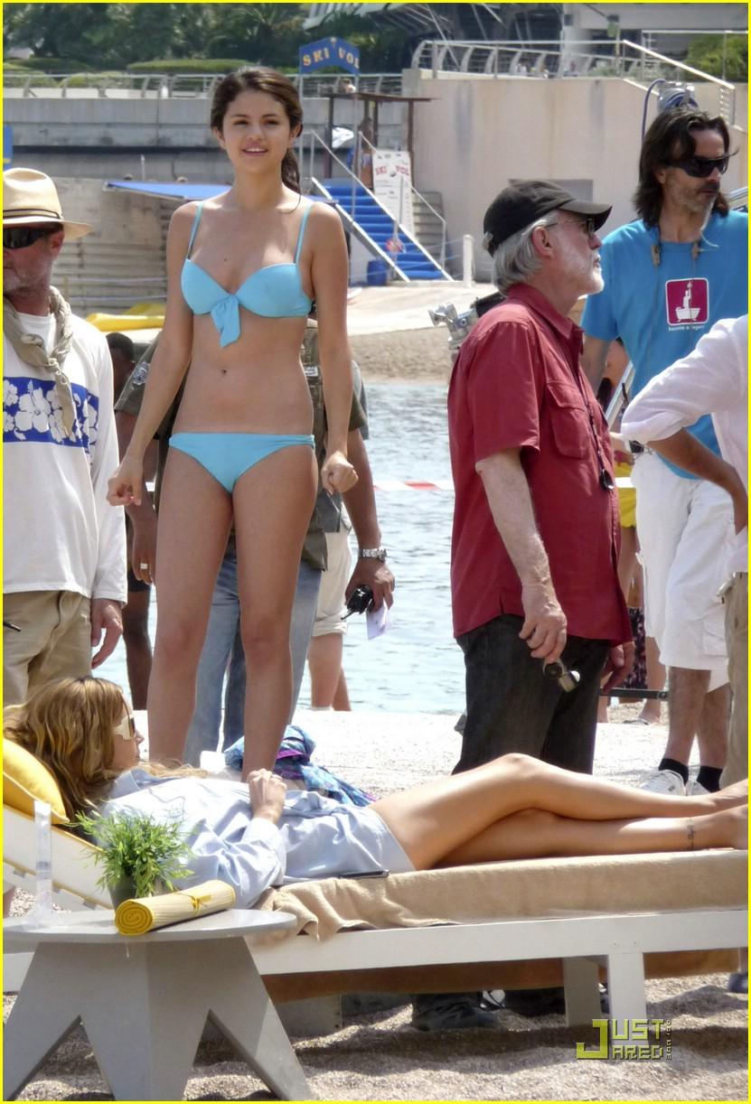 Blue bikini gomez selena Selena Gomez's