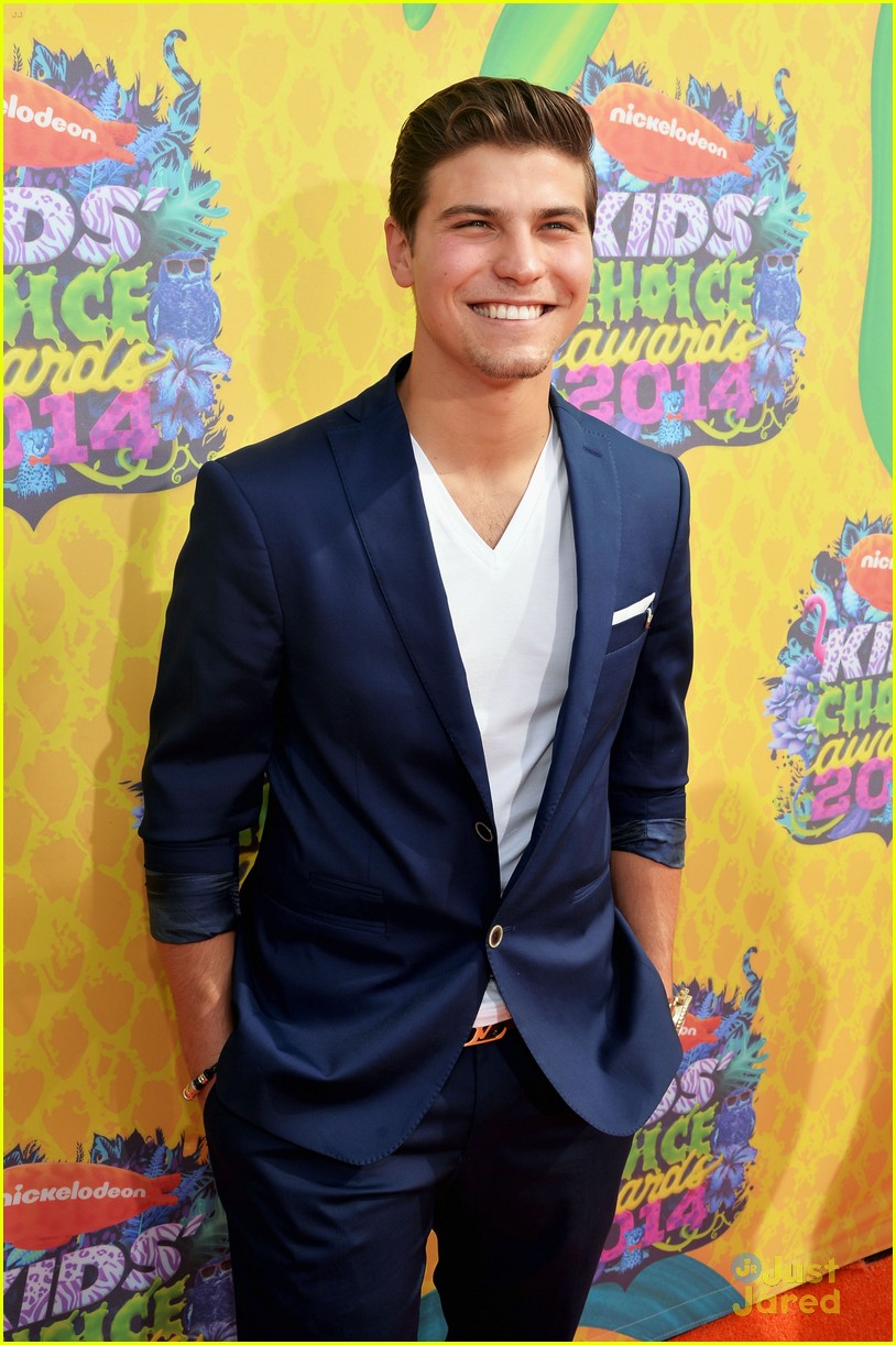 piper curda every witch way cast kcas 2014 06