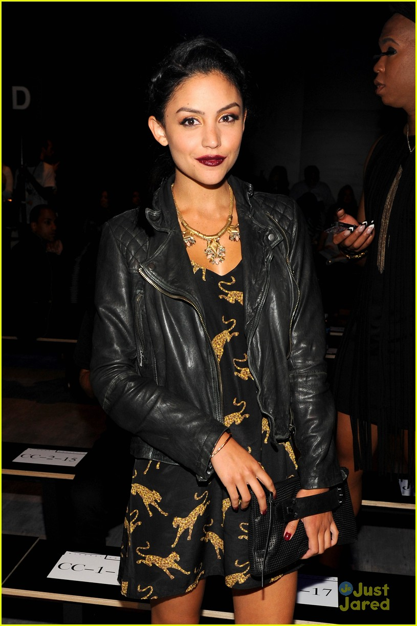 bianca santos olivia somerlyn nyfw shows front row 04