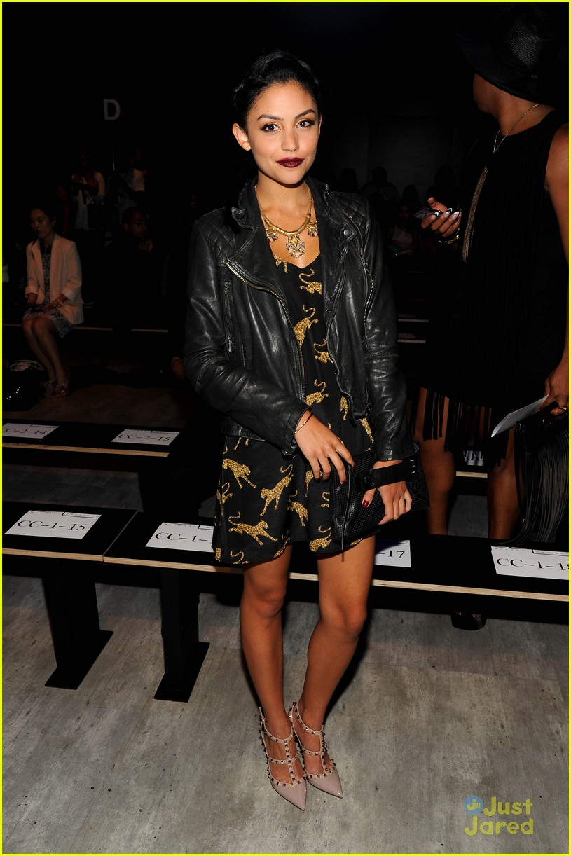 bianca santos olivia somerlyn nyfw shows front row 10