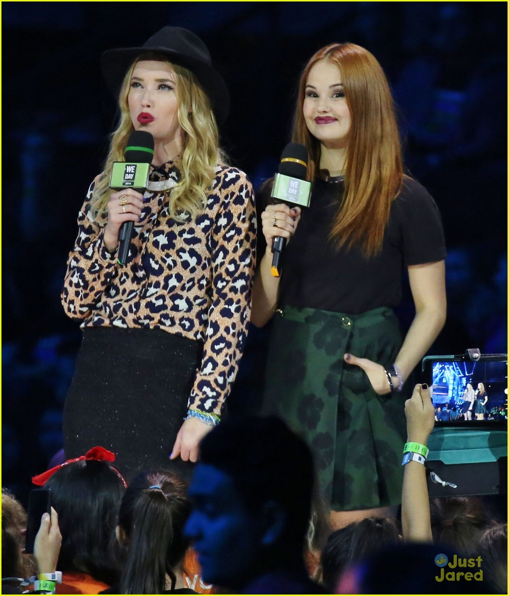 debby ryan shawn mendes we day vancouver 03