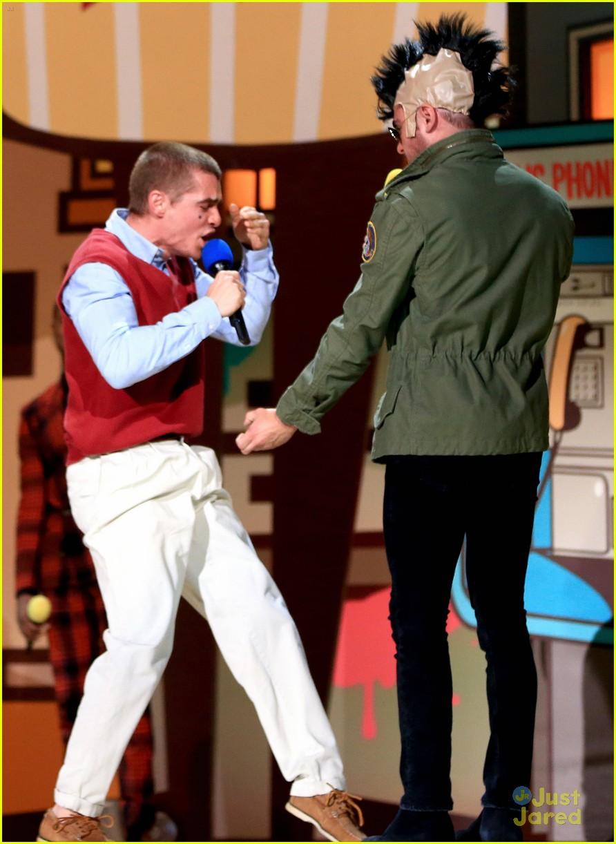 Franco bulge dave Zac Efron