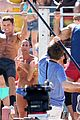 zac efron pull up contest baywatch 10