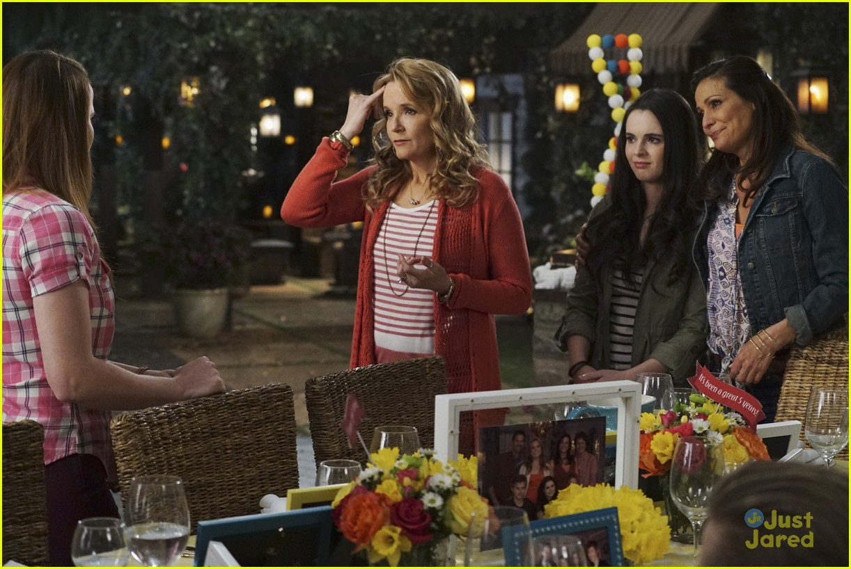 switched series finale pics promos clips 22