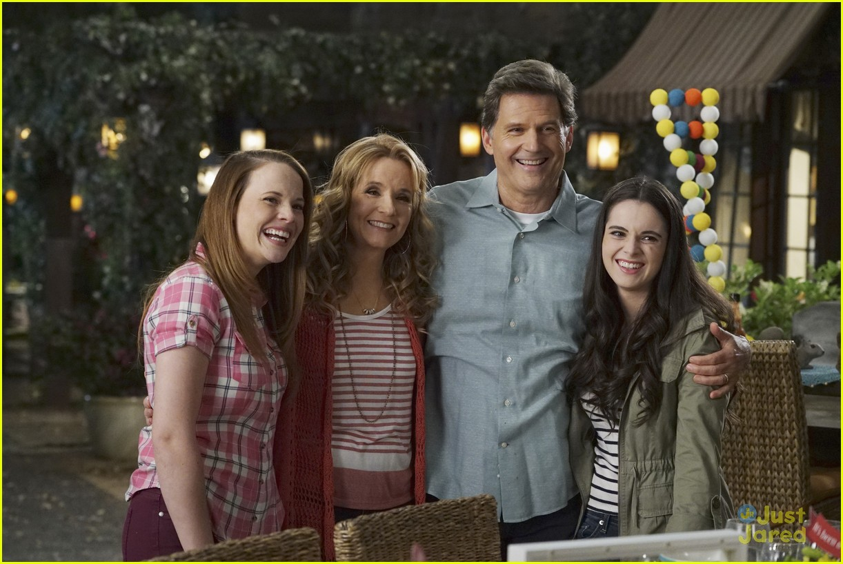 switched series finale pics promos clips 29