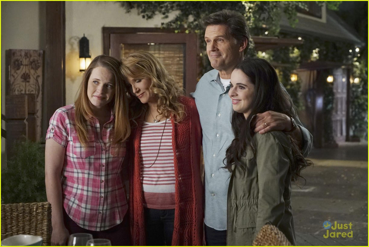 switched series finale pics promos clips 30