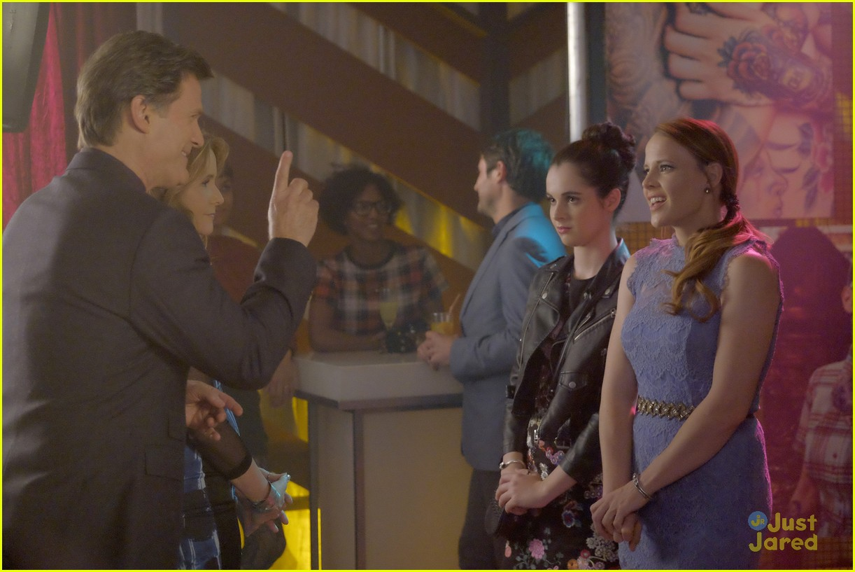 switched series finale pics promos clips 49