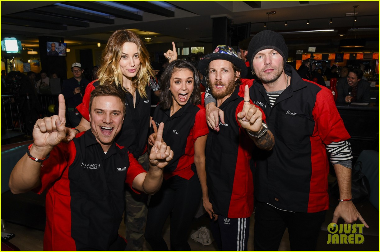 nina dobrev tom welling go celebrity bowling tournament 14