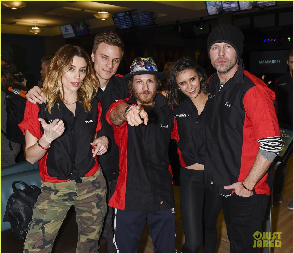nina dobrev tom welling go celebrity bowling tournament 16