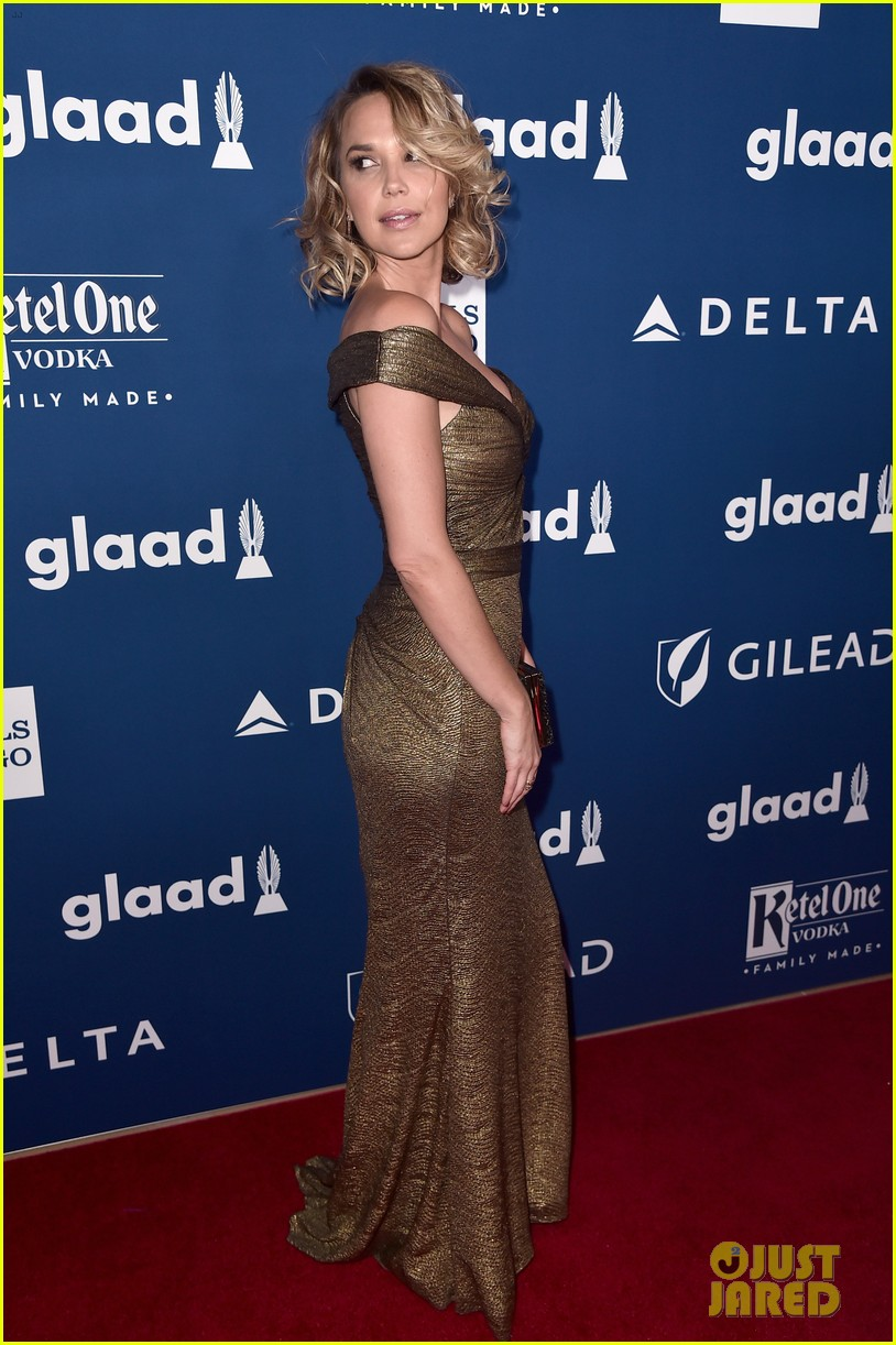 chloe moretz tommy dorfman step out in style for glaad media awards 17