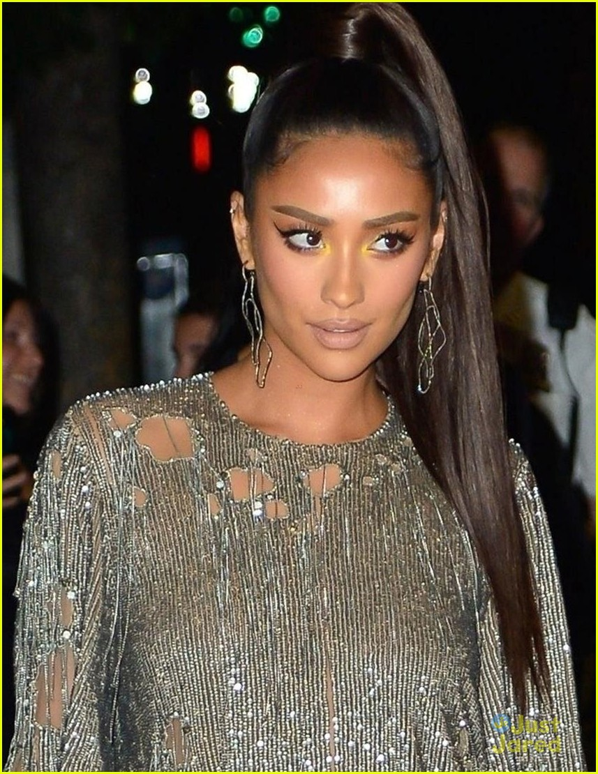 shay mitchell silver dress vmas after party 03