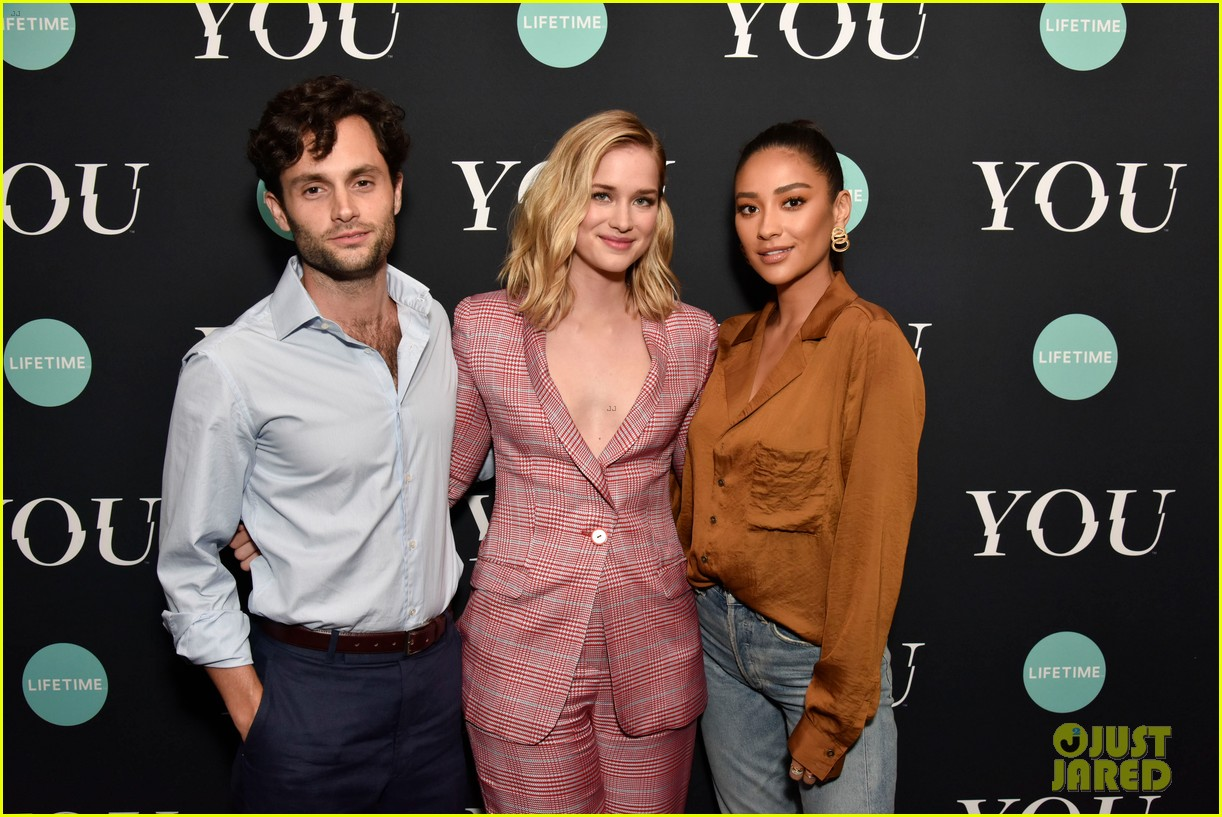 penn badgley elizabeth lail and shay mitchell look stylish at you series premiere 11