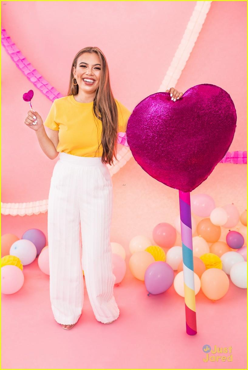adelaine yopbi gift bundles available  11