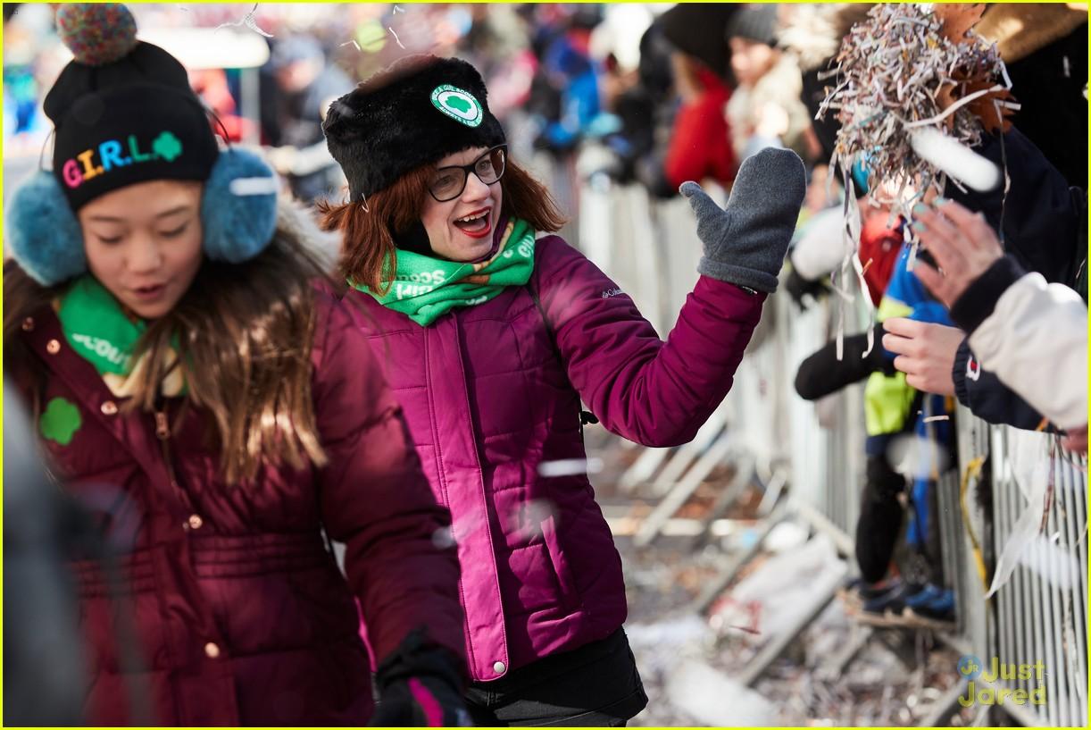 tegan marie girl scouts macys parade 12