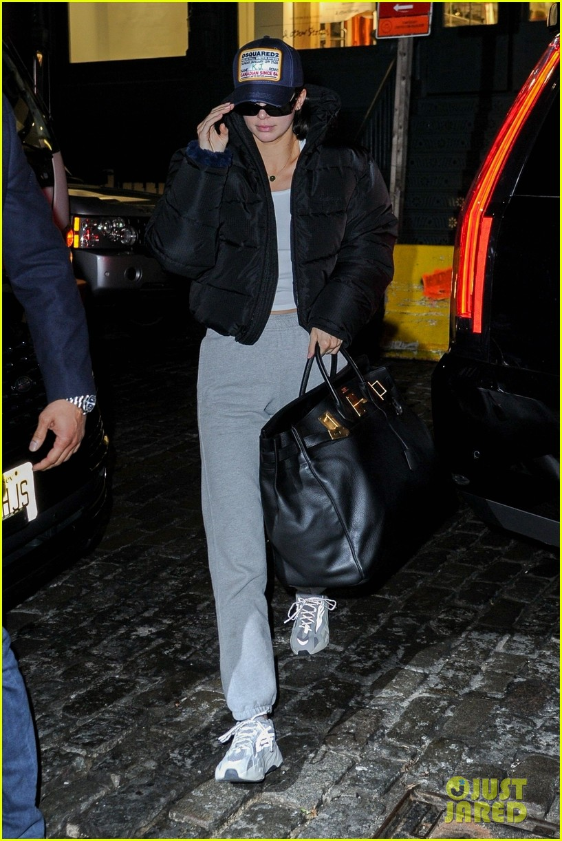 kendall jenner boyfriend ben simmons step out for date night 03