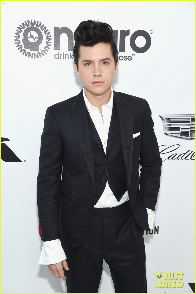 cole sprouse dylan sprouse vanity fair oscar party 08