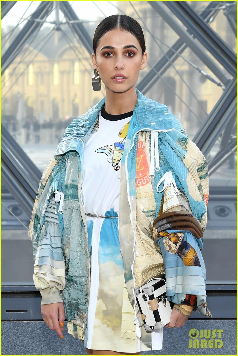 louis vuitton fashion show paris march 2019 22