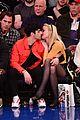 joe jonas sophie turner kiss at new york knicks game 02