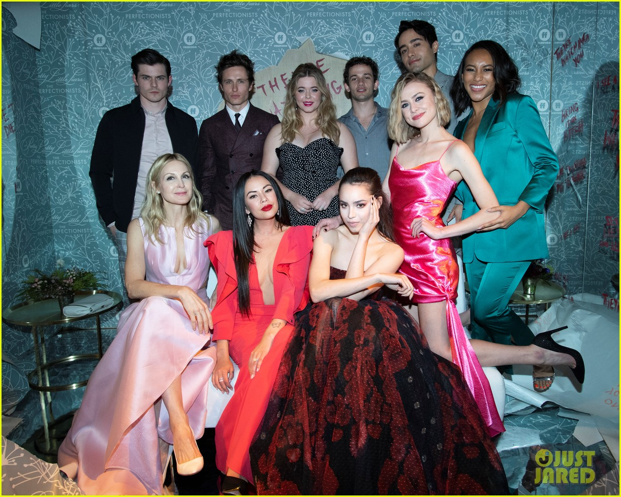 cast of pll the perfectionists stun at los angeles premiere 19