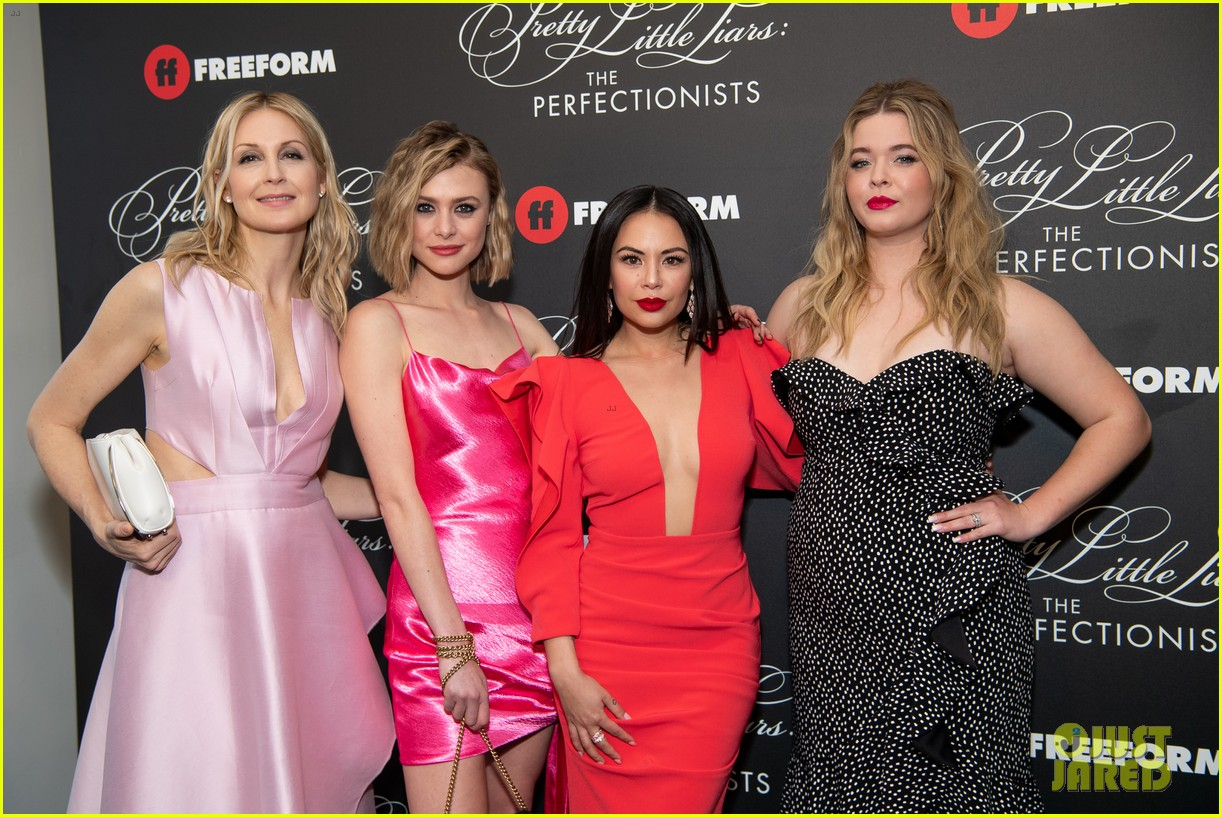cast of pll the perfectionists stun at los angeles premiere 30