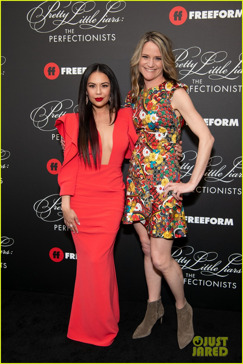 cast of pll the perfectionists stun at los angeles premiere 43