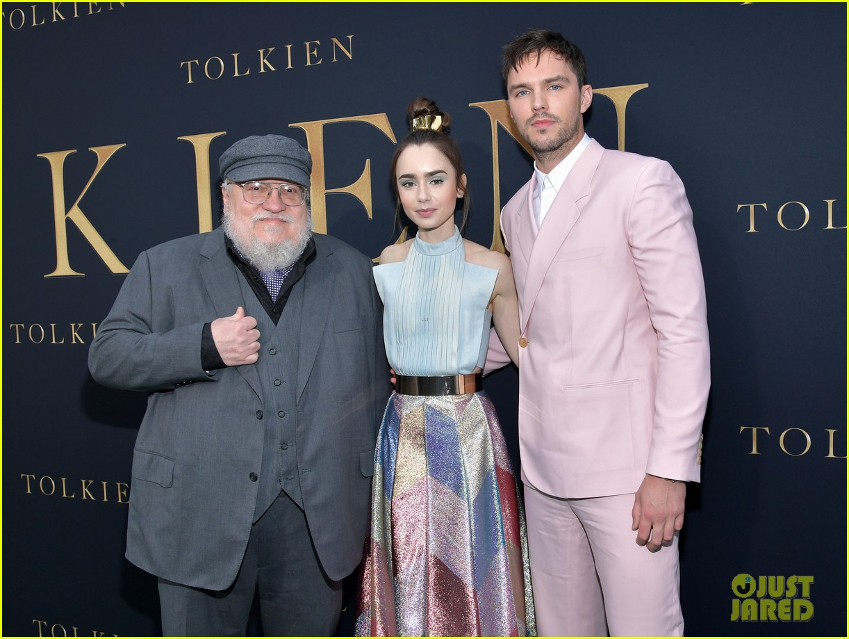 lily collins nicholas hoult look so stylish tolkien premiere 01