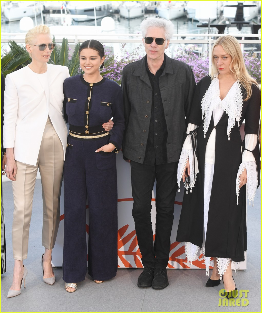 selena gomez joins the dead dont die cast at cannes photo call 14