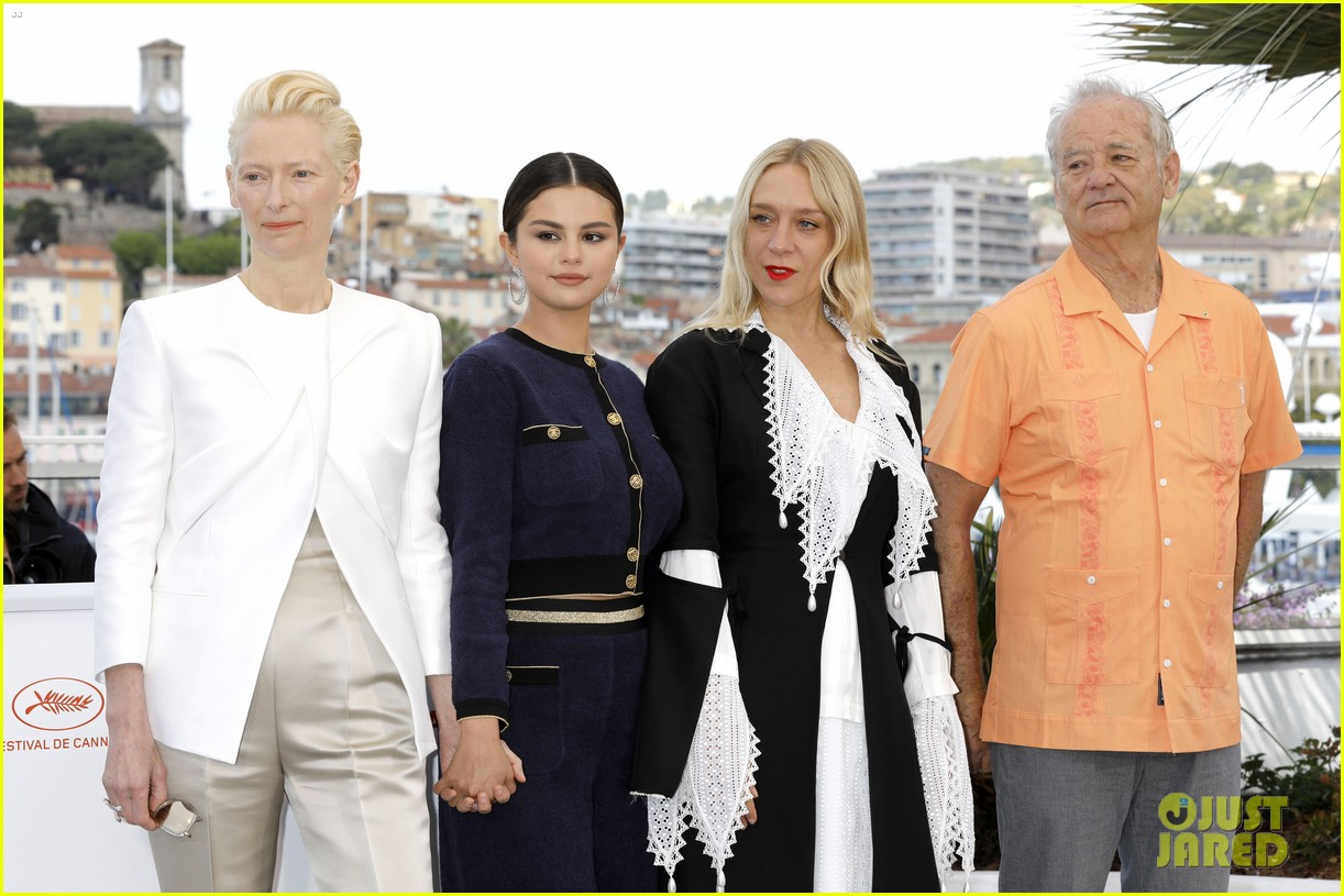selena gomez joins the dead dont die cast at cannes photo call 27