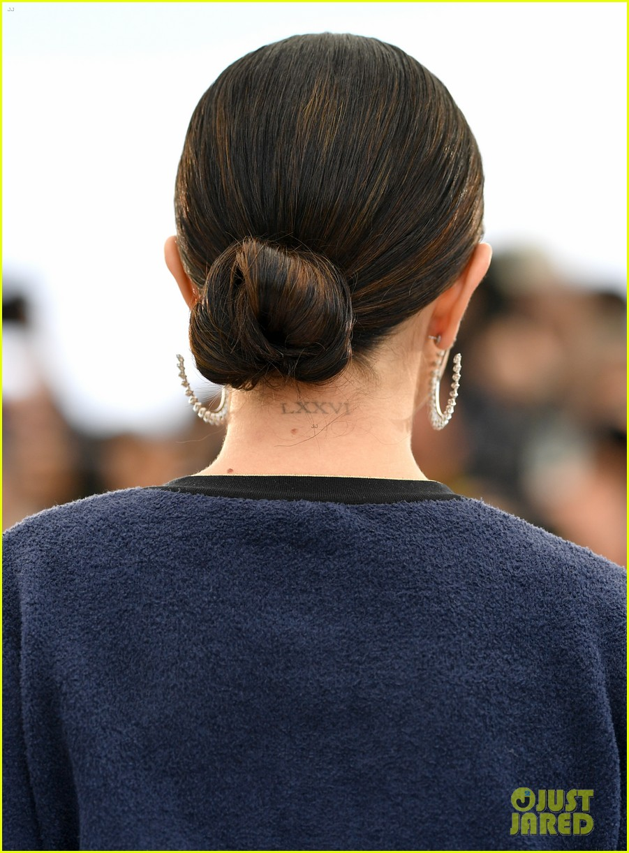 selena gomez joins the dead dont die cast at cannes photo call 46