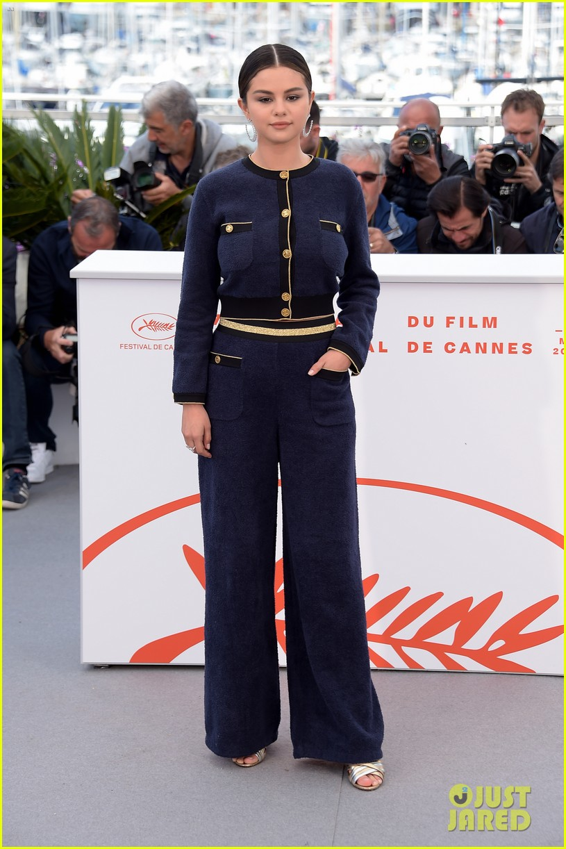 selena gomez joins the dead dont die cast at cannes photo call 52
