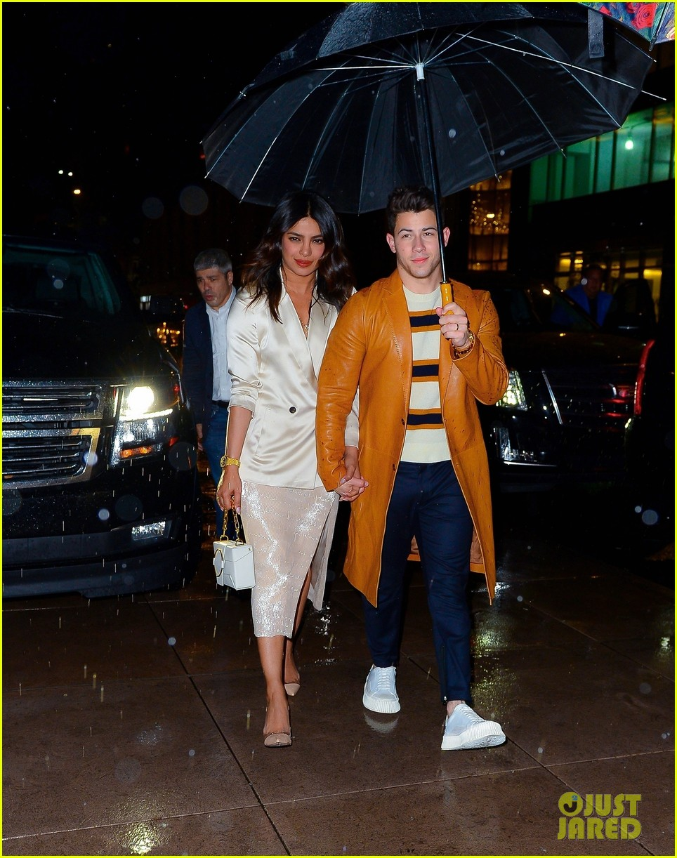 joe nick jonas wear coordinating outfits to snl after party 02