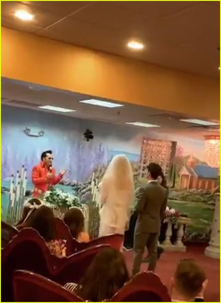 joe jonas sophie turner wedding 16