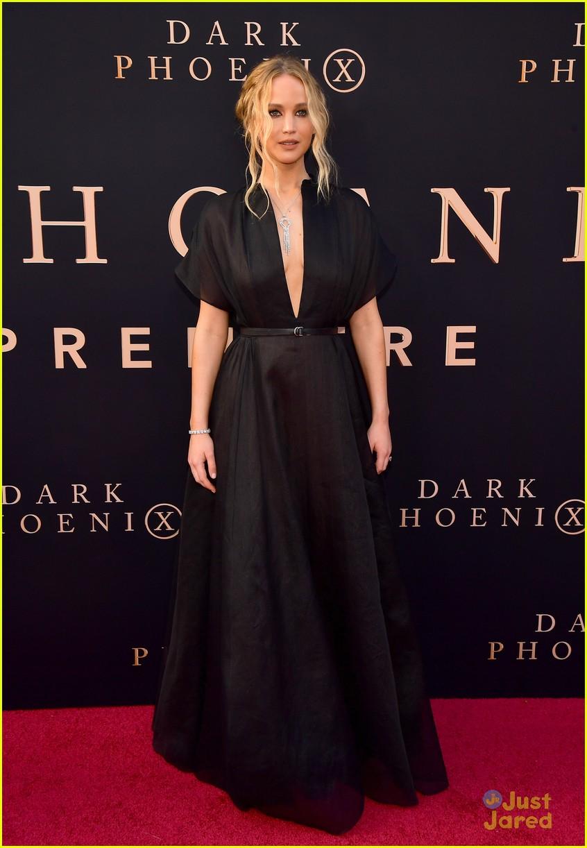 dark phoenix hollywood premiere 01