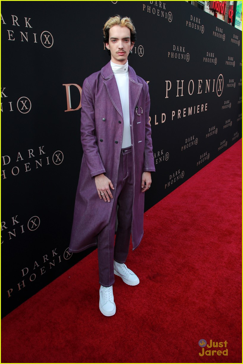 dark phoenix hollywood premiere 29