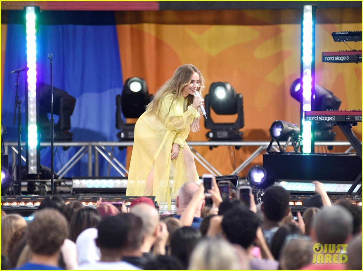 sabrina carpenter takes over good morning americas summer concert series 02