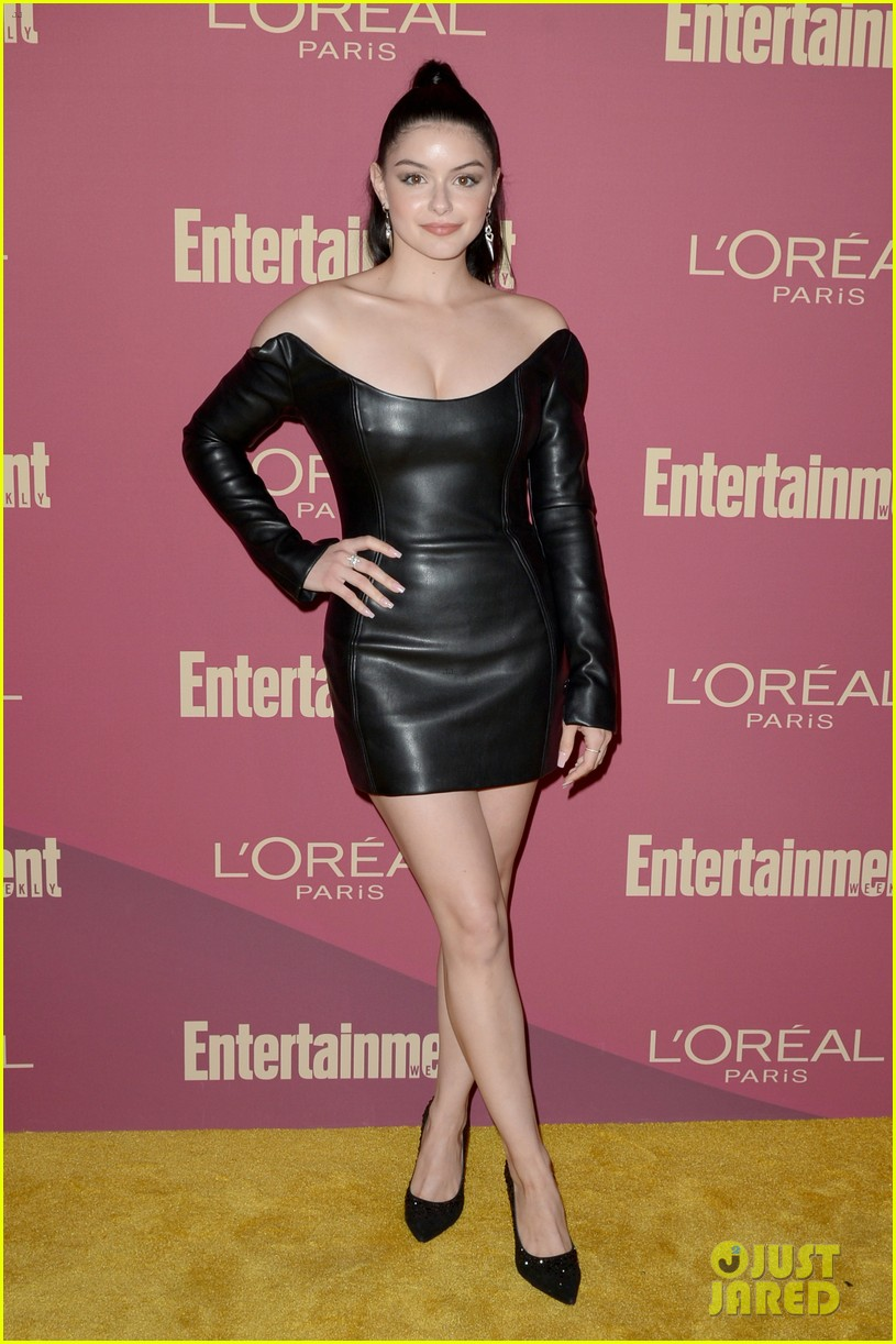 sarah hyland ariel winter glam it up at ews pre emmys party 01