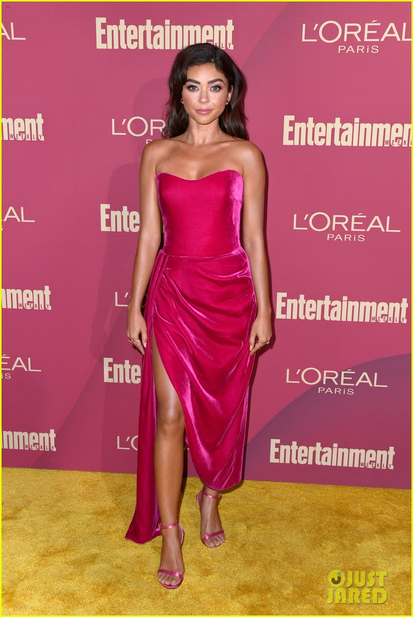 sarah hyland ariel winter glam it up at ews pre emmys party 04