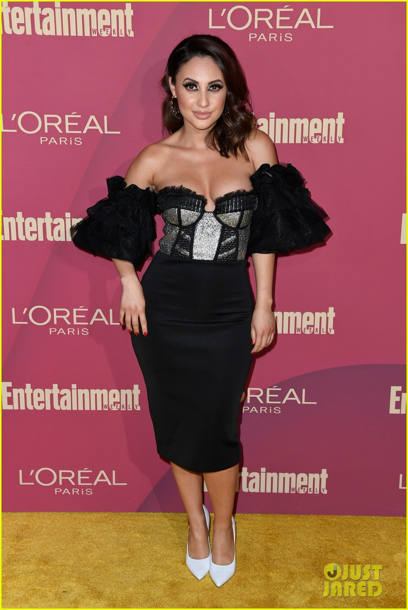 sarah hyland ariel winter glam it up at ews pre emmys party 05