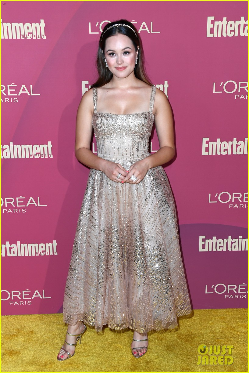 sarah hyland ariel winter glam it up at ews pre emmys party 06