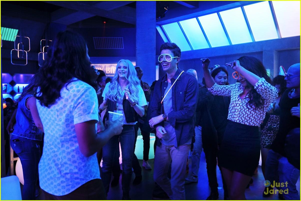 the flash glow bar party dead man running stills 14
