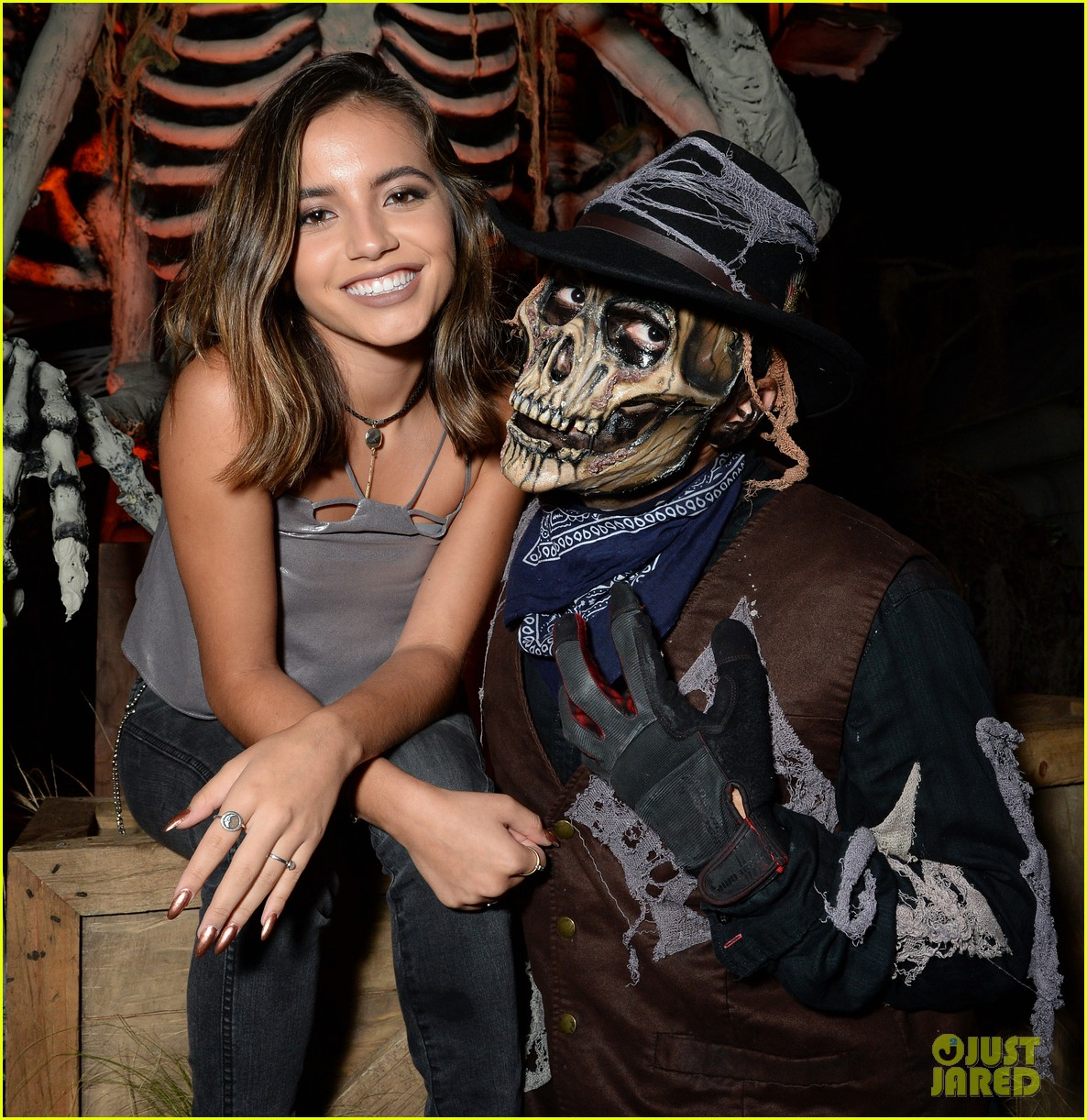 ross lynch gets much needed sibling time at knotts scary farm 12
