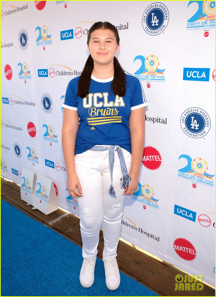 isaak presley kenzie ziegler couple up at ucla party on the pier 25