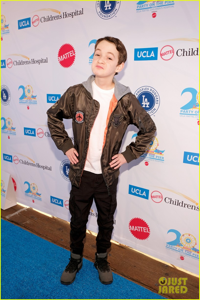 isaak presley kenzie ziegler couple up at ucla party on the pier 27