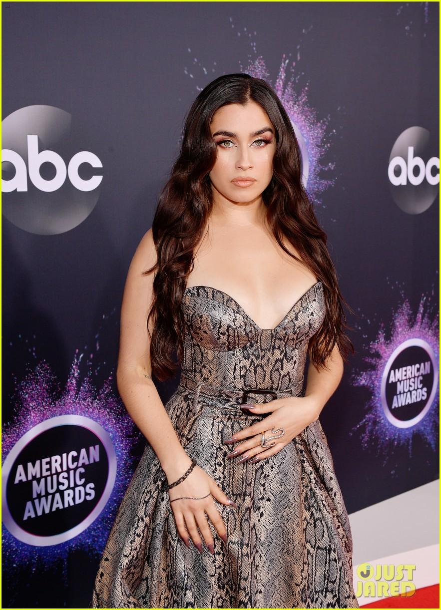 lauren jauregui american music awards 04