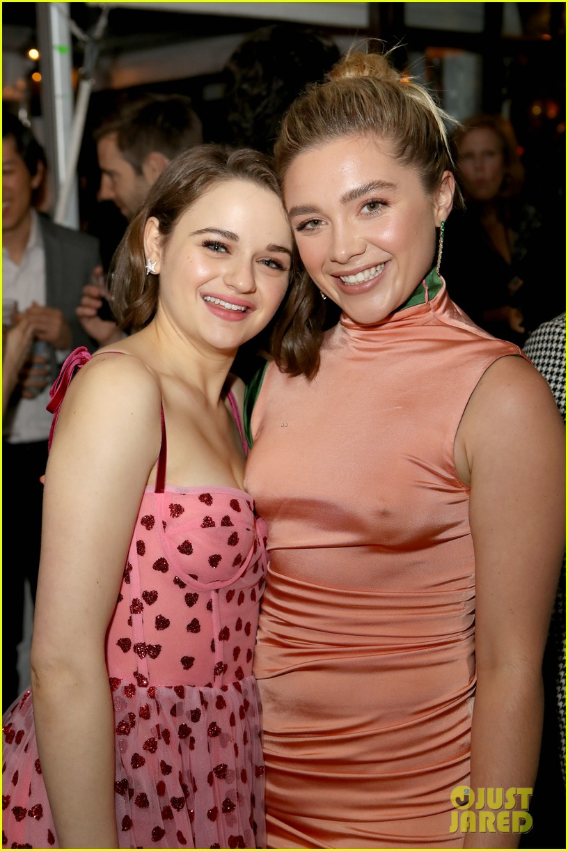 joey king florence pugh kaitlyn dever hfpa party 02