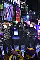 bts rockin eve performance pics 25