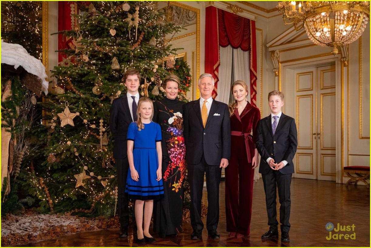 princess elisabeth red jumpsuit belgian christmas concert 01
