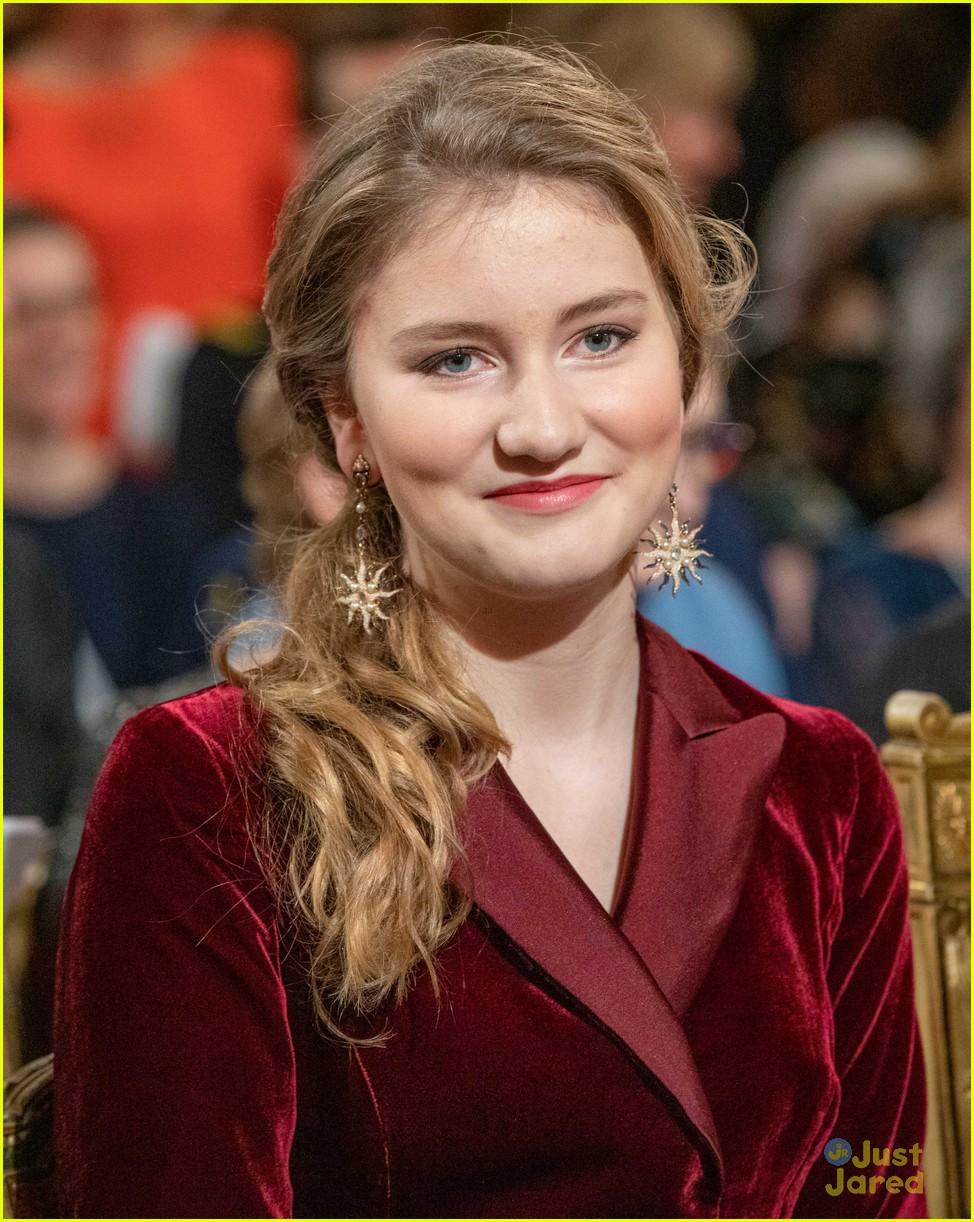 princess elisabeth red jumpsuit belgian christmas concert 02