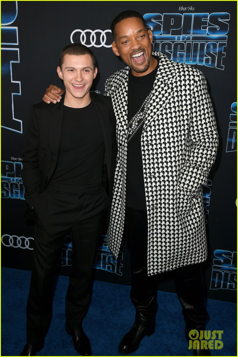 tom holland will smith spies disguise premiere 26